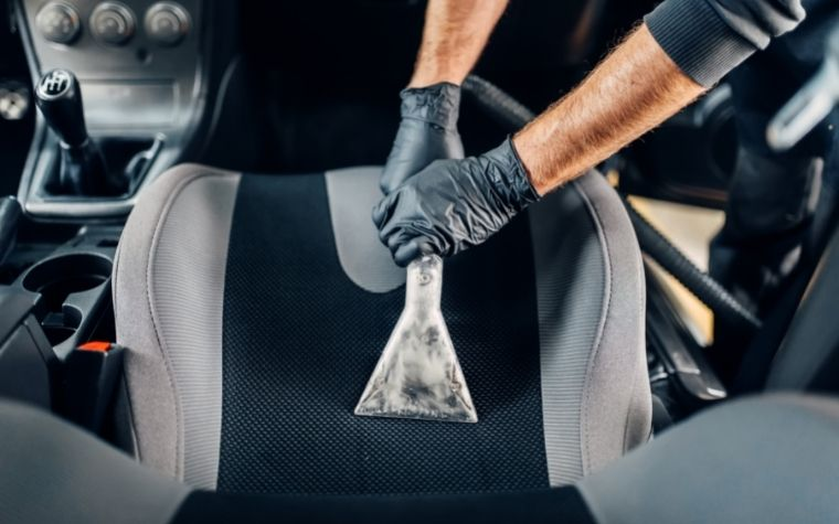 4 Tips for Deep Cleaning Your Car's Interior